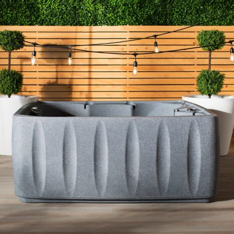 Elite 600 6-Person 29-Jet Plug and Play Hot Tub - A Budget Hot Tub for Canada's Winters